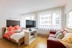 Modern serviced studio apartments with the city´s highlights practically on the
