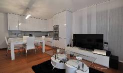Appartamento 3.5 locali con piccolo giardino ad Albonago