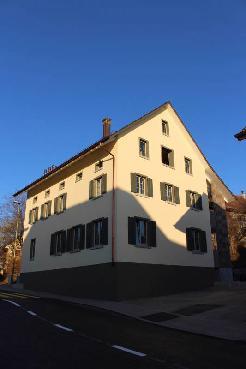 Attraktives 3.Familienhaus als Anlageobjekt im Zentrum von Trüllikon zu verkaufe