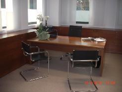 Affittasi/Vendesi a Mendrisio spazi di ca 600 mq uso uffici/commerciale/laborato
