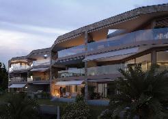 Besondere Luxuswohnung mit Garten im Palazzo eos due
