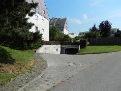 Günstige Einstellplätze in Tiefgarage Niederhasli zu vermieten!