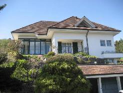 6-Zimmer-Einfamilienhaus mit viel Umschwung und prächtiger Aussicht