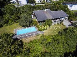 Ampia proprietà in zona residenziale