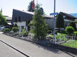 Ruhig gelegenes Einfamilienhaus mit Wintergarten