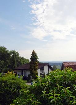Terrassengartenwohnung mit Ausbaupotenzial und Weitsicht