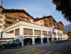 2 Room Apartment with Balcony - Aparthotel Silvretta Parkhotel