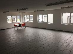 Zentral gelegenes helles Büro zu vermieten