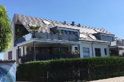 Sonnige Maisonette Dach-Wohnung mit Balkon