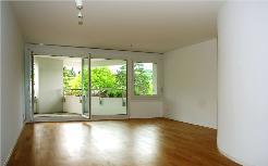 4 1/2-Zimmer-Wohnung mit 1 Loggia mit Rigiblick und 1 Balkon!