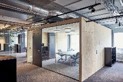 Moderne Coworking Arbeitsplätze in inspirierender Atmosphäre in Zürich West