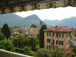 Appartamento in stabile di prestigio a pochi passi dal centro di Lugano