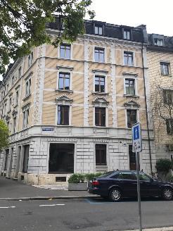 Charmante Altbauwohnung mit Innenhof zur Mitbenützung
