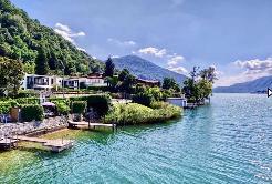 LUGANO - Villa direkt am See / Villa con accesso al lago