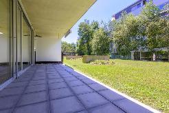 Architecture moderne à deux pas du lac