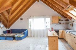 Viel Platz und Licht in der Küche