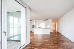 HELLE 3.5 Zimmer-Wohnungen an ZENTRALER Lage zu vermieten!