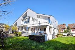 Superbe maison familiale à Bogis-Bossey avec studio indépendant.
